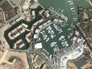 Click image for larger version  Name:Boat_Lagoon__Phuket.jpg Views:48 Size:84.9 KB ID:106