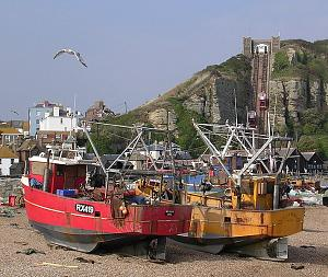 _Hastings_fishing_boats_on_beach_.jpg