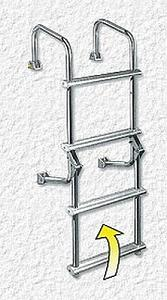 Click image for larger version  Name:Transom_Ladder1.jpg Views:41 Size:30.7 KB ID:348